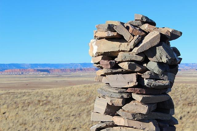 rocks-1114872_640