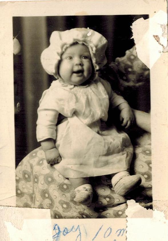 Fay Belle Bowen b. 1899 c. Aug 1900