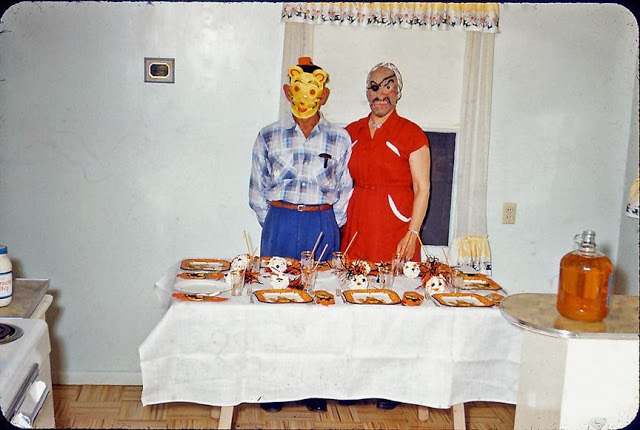 pinkertonsrwilliamdouglasshalloweenparty1959e